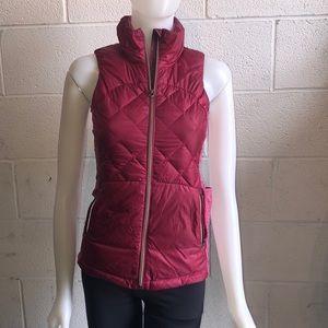 Lululemon berry puffer vest sz2 61649